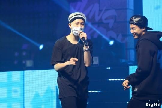 rap monster trong buổi concert đầu tiên của bts